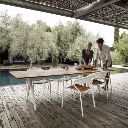 Curve Dining by Gloster