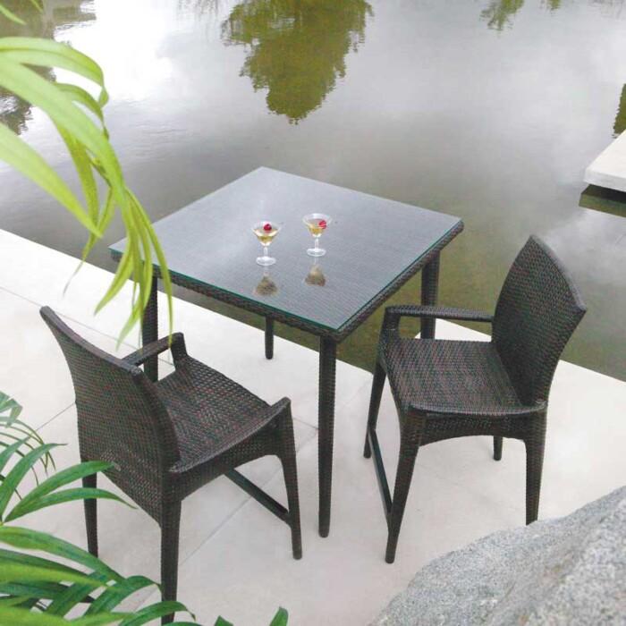 ratana-palm-harbor-dining-square