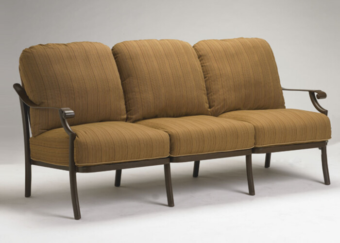 tropitone-montreux-sofa