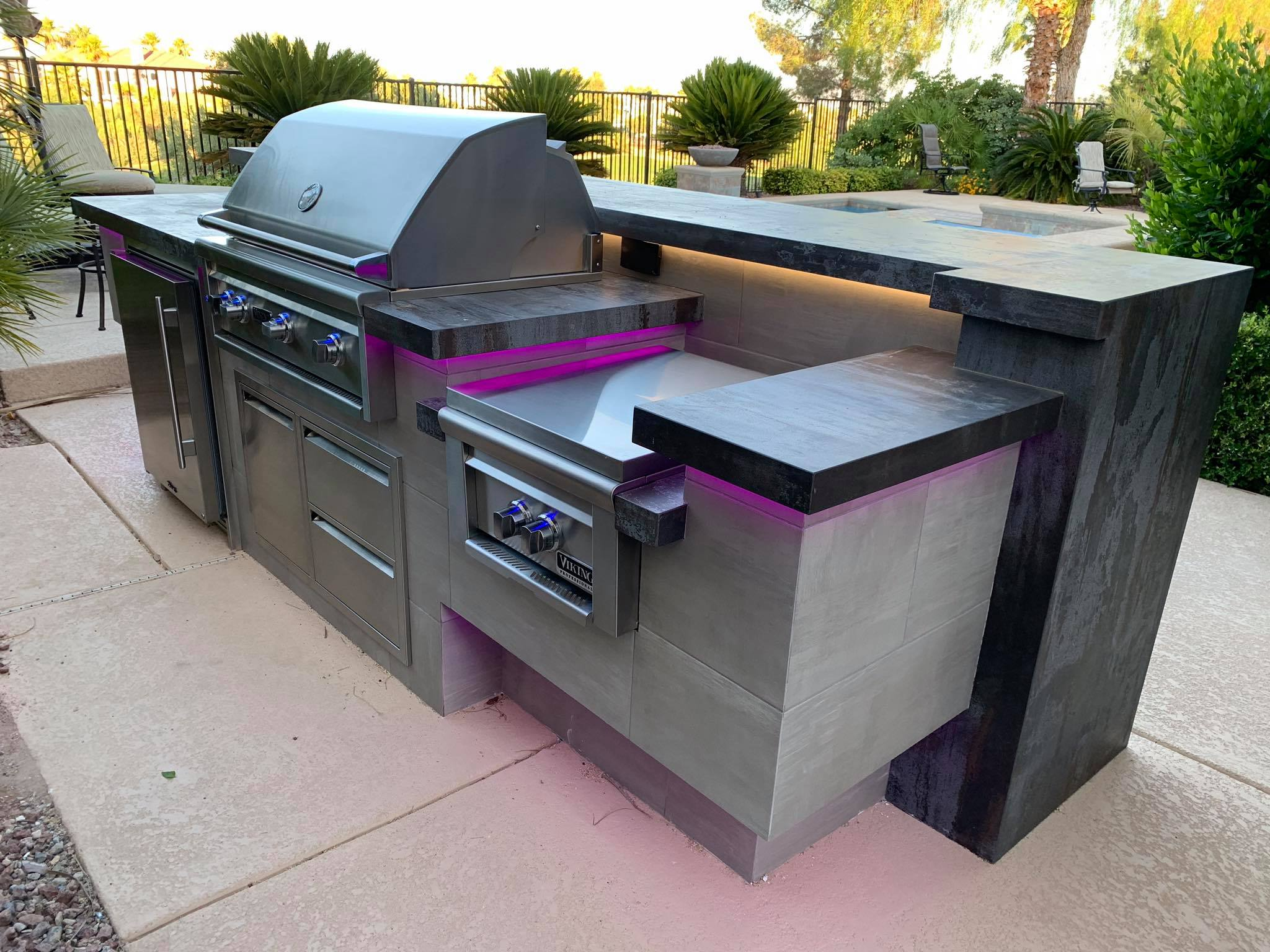 Outdoor Kitchen Viking Outdoor Grill 4
